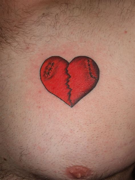 broken heart tattoo 25 artistic broken tattoos creativefan