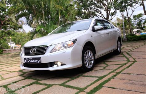 Toyota New Plant In India New Toyota Camry 2 5g Review Expert Review New Toyota
