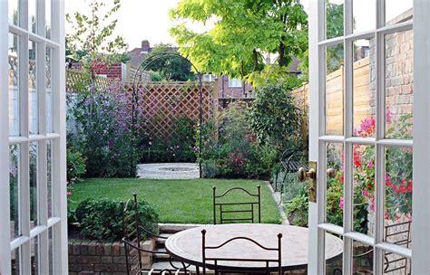 urban backyard design urban garden design for a long garden garden design wimbledon