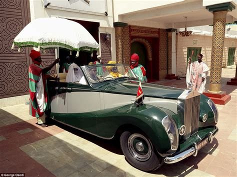 roll royce nigeria photos the richest kings in nigeria how they enjoy