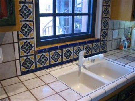 a beautiful spanish tile backsplash home ideas pinterest 221 best images about mexican charm on pinterest mexican