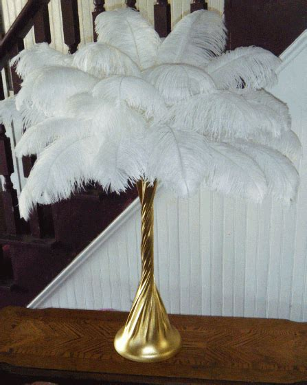 centerpieces with feathers and flowers maryhelen s this demonstration of how to make