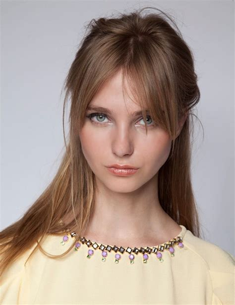 going out hairstyles with fringe love the grown out bangs hair pinterest bangs