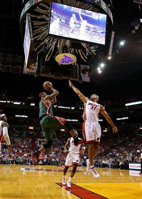 Milwaukee Bucks Giveaways - milwaukee bucks v miami heat zimbio