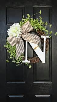 i want to make a wreath like this for my front door