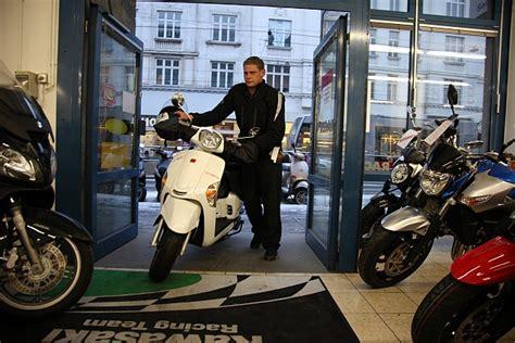 Motorrad Probefahrt Winter by Winter Roller Modellnews