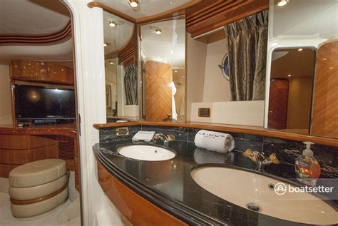 boatsetter owner reviews rent a 2008 68 ft azimut yachts 68 plus in miami beach