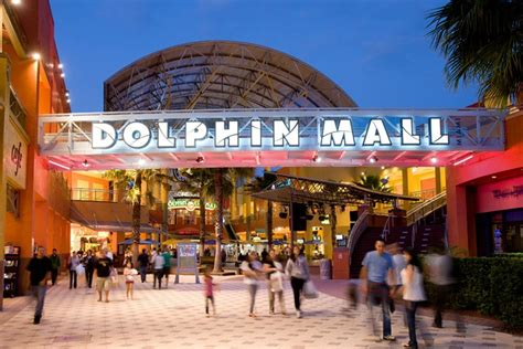 home design store doral active shooter reported at miami s dolphin mall miami