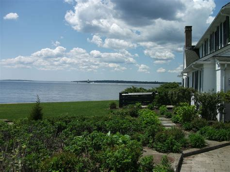 waterfront real estate newport ri new service to