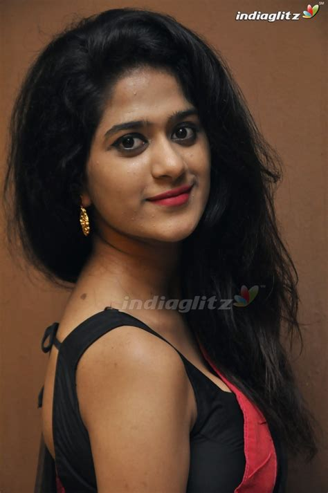 actress gallery india glitz harini telugu actress gallery indiaglitz telugu