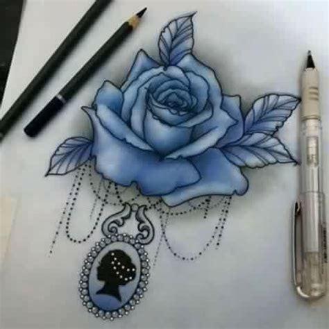 20 peque 241 os y adorables tatuajes de flores para