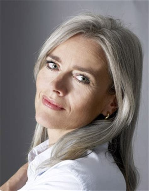 grey hair in 40 s beautiful long gray hair style pictures wehotflash