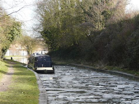 canal walk starts 2010 with pete s walks marsworth canal walk