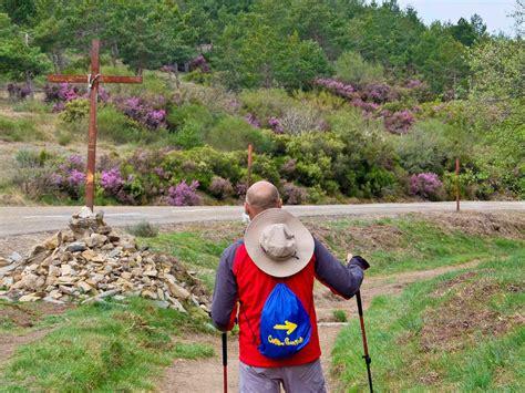 camino pilgrim camino de santiago the way camino franc 233 s