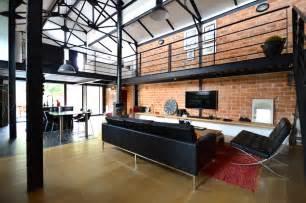loft dans un ancien hangar industriel agence ea bordeaux