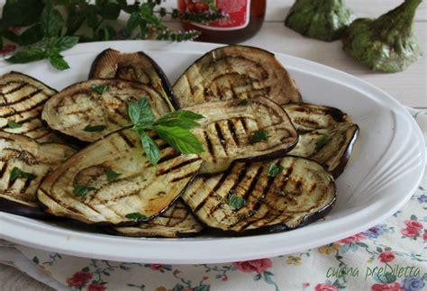 come cucinare le melanzane grigliate melanzane grigliate condite con menta e aglio cucina