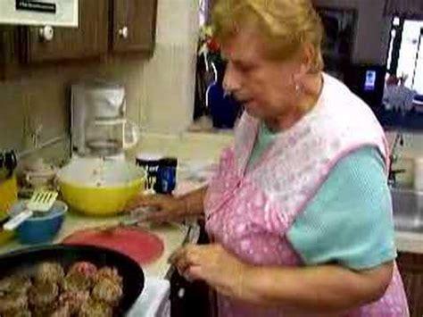 new york italian grandma makes meatballs youtube