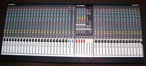 Mixer Allen Heath Gl 24 allen heath gl2400 40 image 119775 audiofanzine
