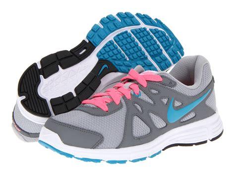 Nike Revolution 2 5 5 72 4 12 3 8 2 4 1 4