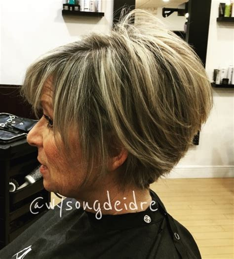 stacked shortbhair for over 50 90 classy and simple short hairstyles for women over 50