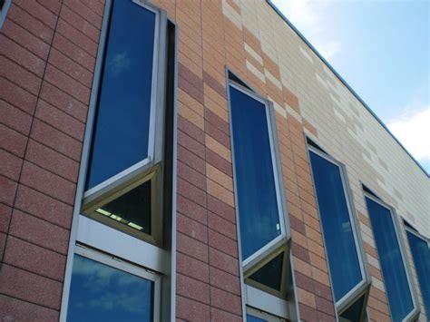 pannelli prefabbricati per capannoni pannello prefabbricato per facciata ventilata pannello a