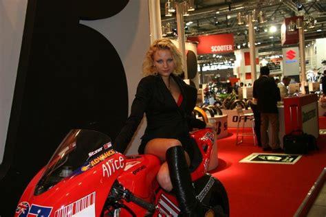 Motorradmesse Eicma Mailand by Motorradmesse Mailand Eicma Motorrad Fotos Motorrad Bilder