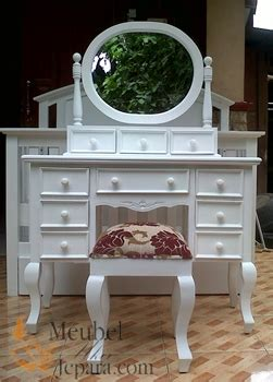 Cermin Meja Oval meja rias cantik cermin oval meubel ukir jepara