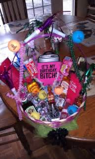 Birthday Basket 21st Birthday Basket I Want This I Love It Someone Make This For Me Next July Please