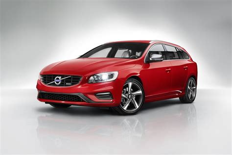 volvo introduces  design packages