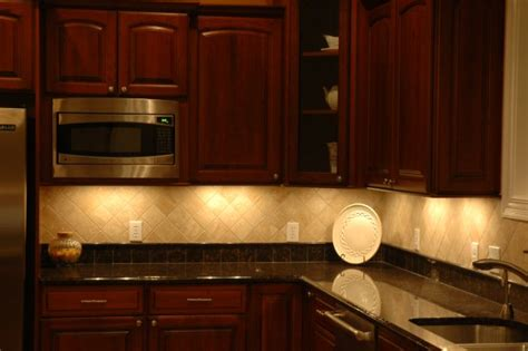 kitchen cabinets lights quicua