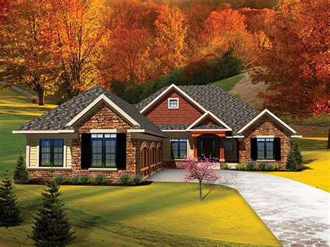 lucerna traditional ranch home plan 051d 0658 house