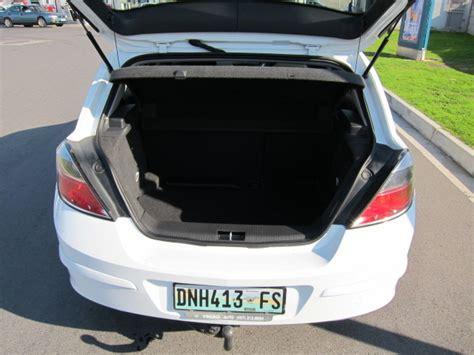 opel astra trunk 100 opel astra trunk file opel astra f caravan 1993