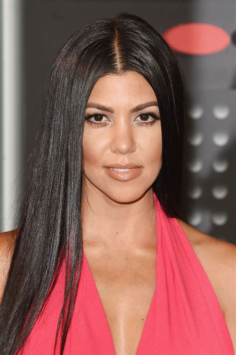 kourtney kardashian kourtney kardashian at mtv video music awards 2015 in los