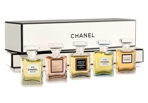 Jual Parfum Chanel Miniatur Set best 25 miniature parfum ideas on miniature
