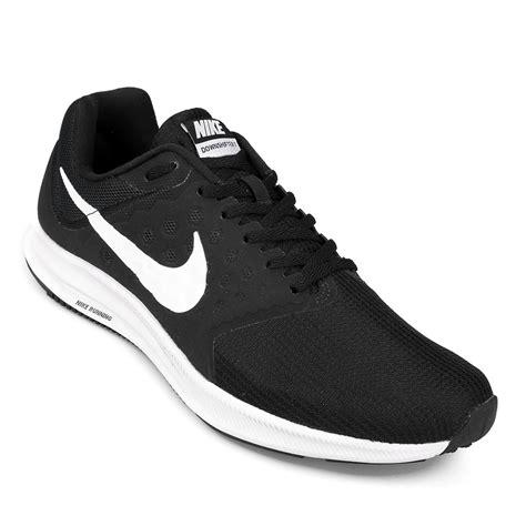 imagenes de zapatillas en blanco y negro netshoes sin l 237 mites entre el deporte y vos negro