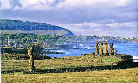Beliefs and funerary practices ? Rapa Nui   Chile Precolombino