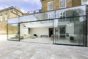 Glass Box House by Beyond The Glass Ceiling 14 Houses Amp Hotels Made For