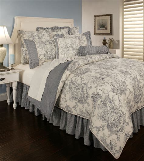 Country Bed Comforters by Beddingsuperstore