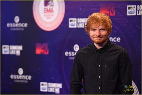 ed sheeran biography mtv ed sheeran mtv emas 2014 is starting now photo 740126