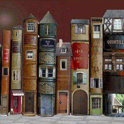 small town secrets the story of a books perch 233 leggere 2 labiondaprof