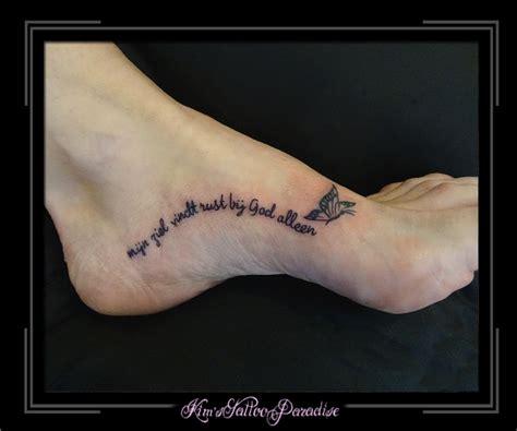 tattoo letters voet sterrenbeeld tattoo vissen horoscoop tattoo
