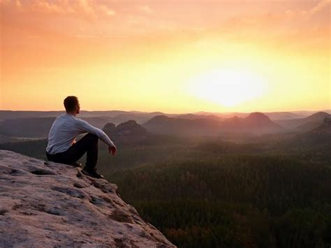 Como curtir a vida mesmo sendo de Deus?
