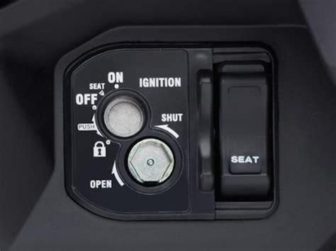 Kunci Kontak Vario 150 Original Key Shutter komparasi tuntas taaasss honda vario 150 vs yamaha nvx 155 sistem pengamanan kunci mana
