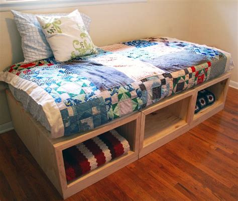 build your own daybed simple daybed diy delightfuls pinterest