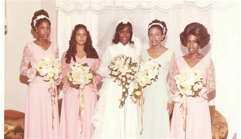 American Vintage Wedding Hairstyles by 5 Throwback Wedding Dresses That Would Win In 2014
