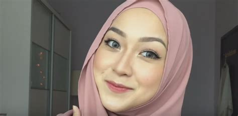 tutorial makeup simple hijab tutorial cara make up hijab simple dan cantik untuk sehari