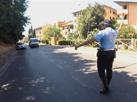 polizia municipale firenze ufficio verbali moto senza assicurazione ancora multe a firenze gonews it