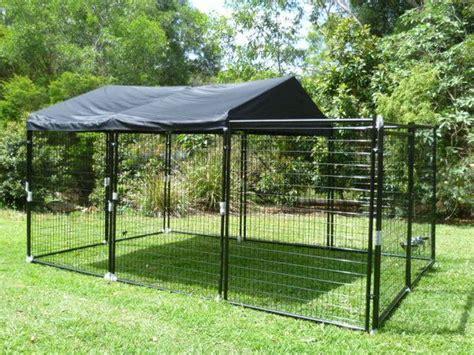 backyard dog enclosures 25 best ideas about portable dog kennels on pinterest