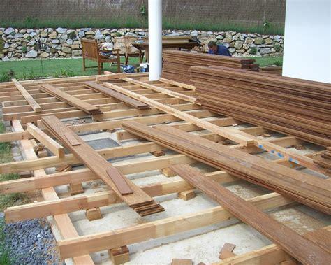 terrasse holz überdachung terrasse aus holz erfahrungen bvrao