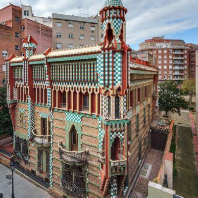 casa vicens barcellona casa vicens ticket tickets barcelona guideandgo